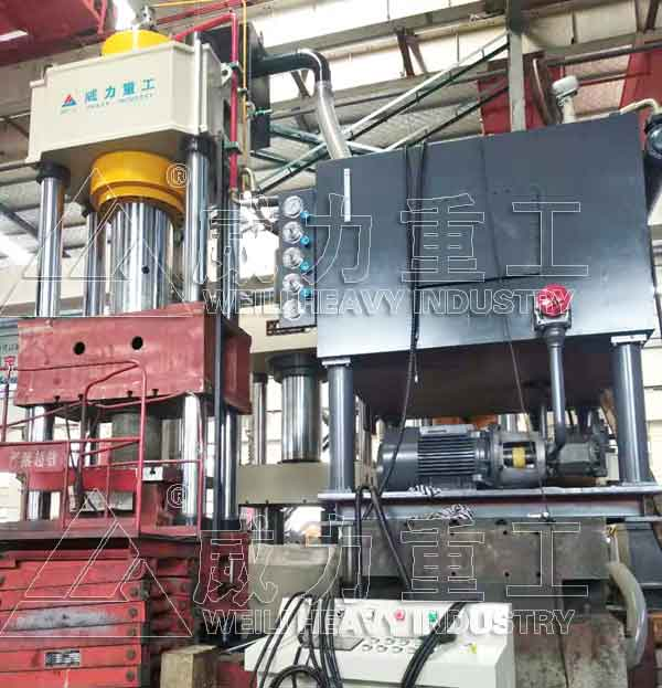 630吨快锻液压机_630T自由锻造液压机
